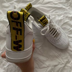 OFF WHITE X NIKE AIR FORCE 1 (AF1) COLLAB